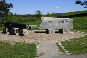 Fort-Knox-sign-cannon